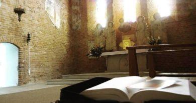 Przygotowanie do niedzielnej liturgii z bp. Andrzejem Przybylskim – VII niedziela zwykła