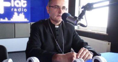 Przygotowanie do niedzielnej liturgii z bp. Andrzejem Przybylskim – Uroczystość Niepokalanego Poczęcia NMP